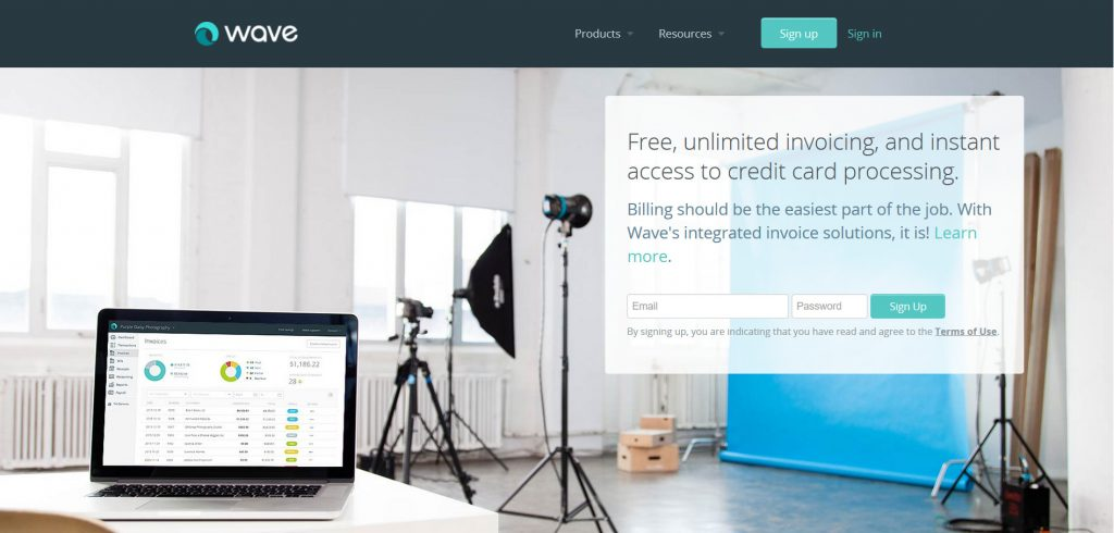 Wave, a free invoicing software made for small businesses and freelancers